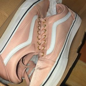 Pale blush vans size 9 (US WOMEN), 7.5(US MEN)